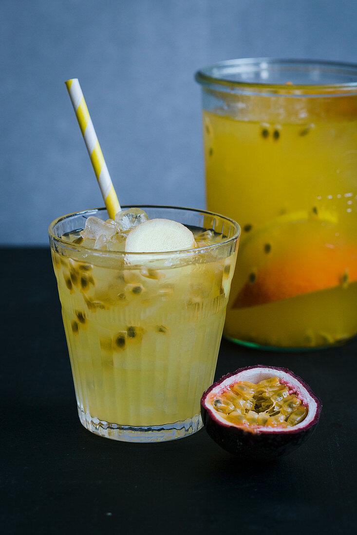 Orange and maracuja switchel with ginger