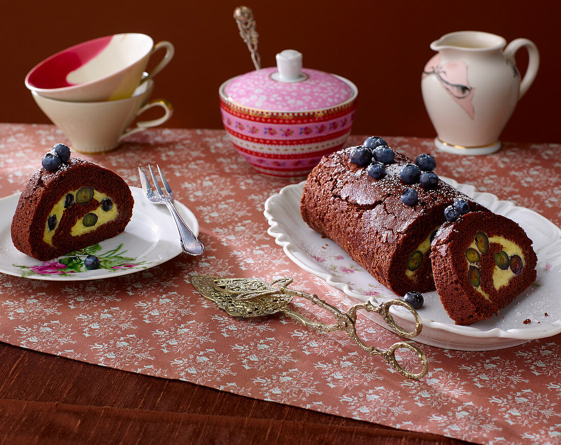Chocolate Swiss roll with blueberries