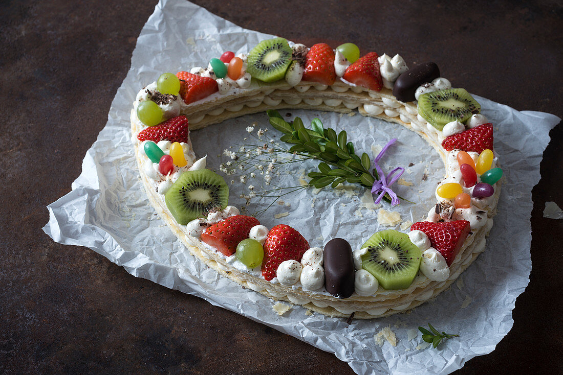 Millefeuille with fruits and sweets for Easter (vegan)