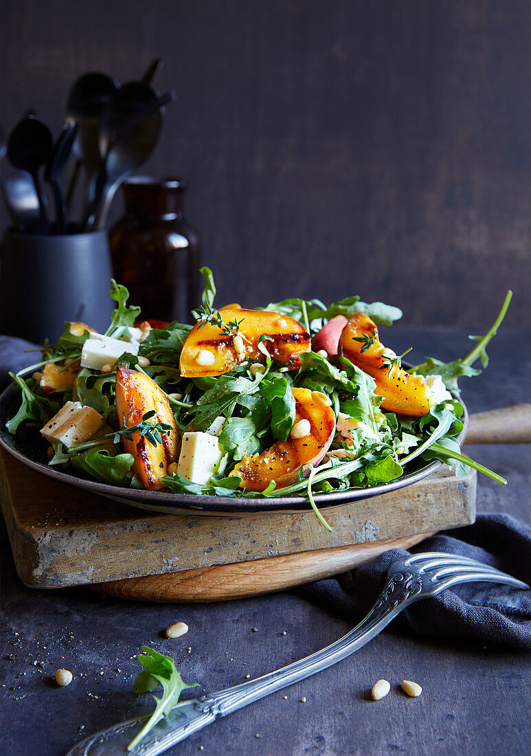 Grilled peach salad with feta