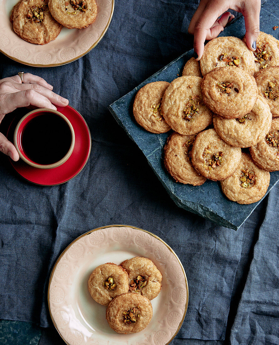 Snickerdoodles with pistachio nuts