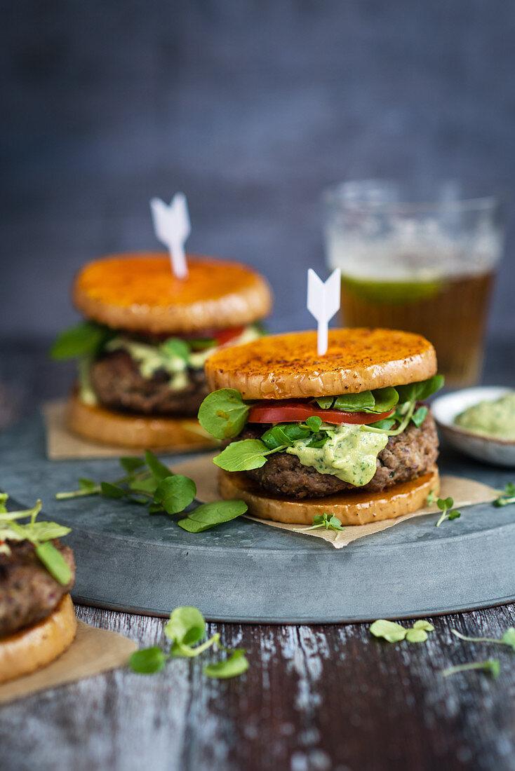 Lamb burgers with avocado cream