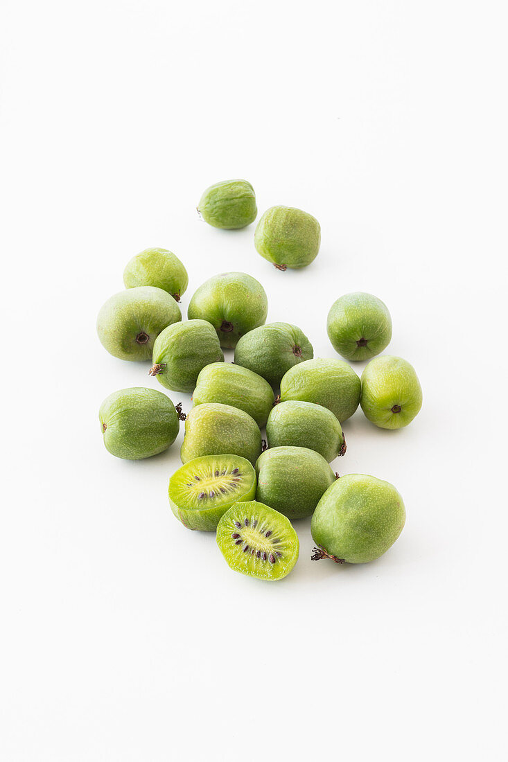 Kiwi berries (cut out)