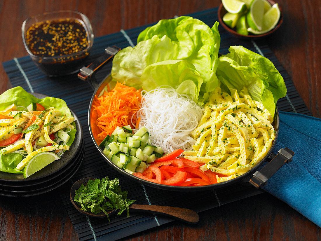 Hoisin lettuce wraps (Asia)
