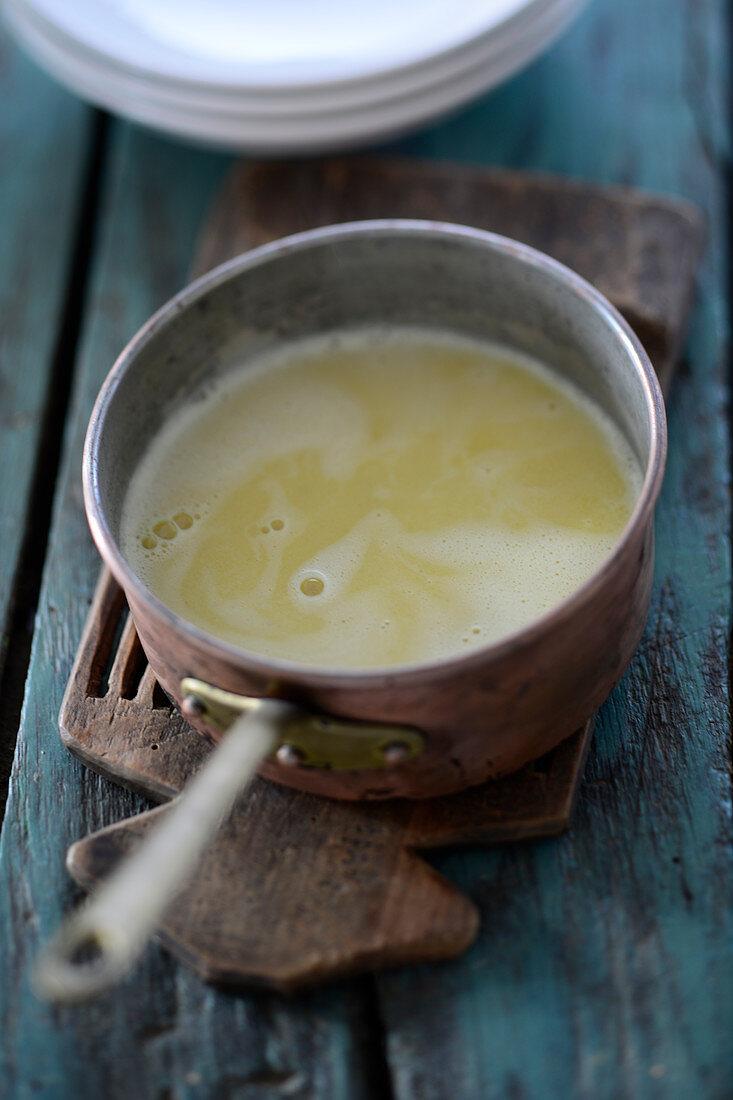 Indian–English Mulligatawny soup