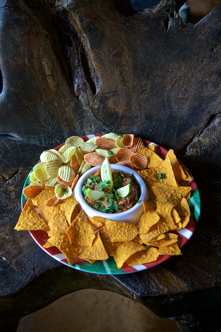 Corn chips, with dip (USA)