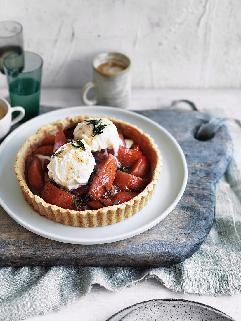Quince and brown butter pastry tart
