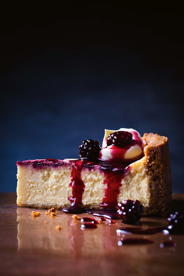 Honey blackberry swirl cheesecake