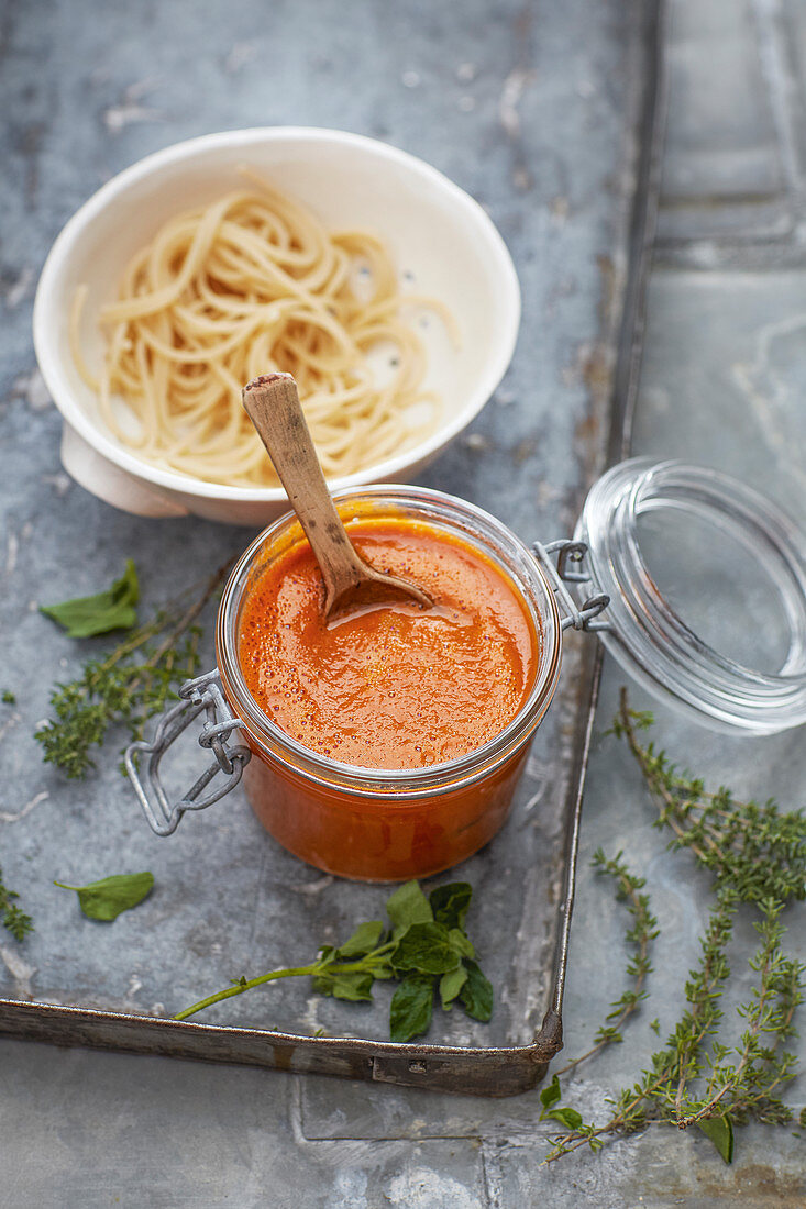 Basic vegan sauce