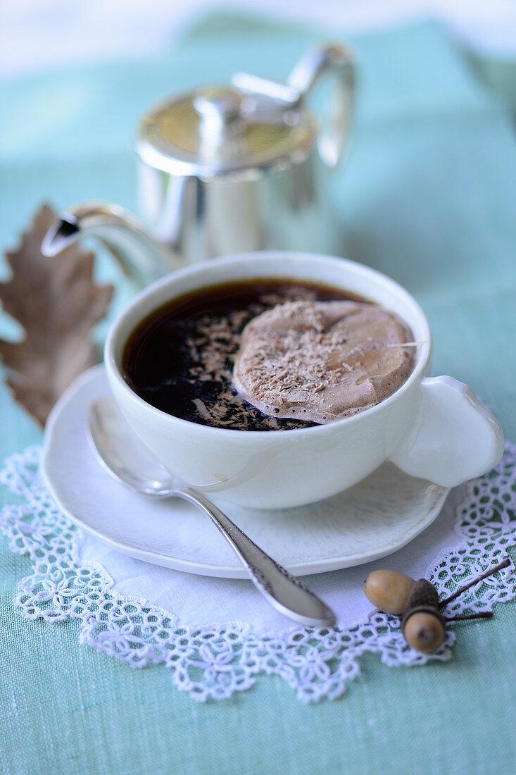 Acorn coffee with chocolate cream