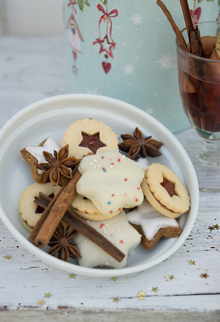 Various biscuits with cinnamon sticks and star anise