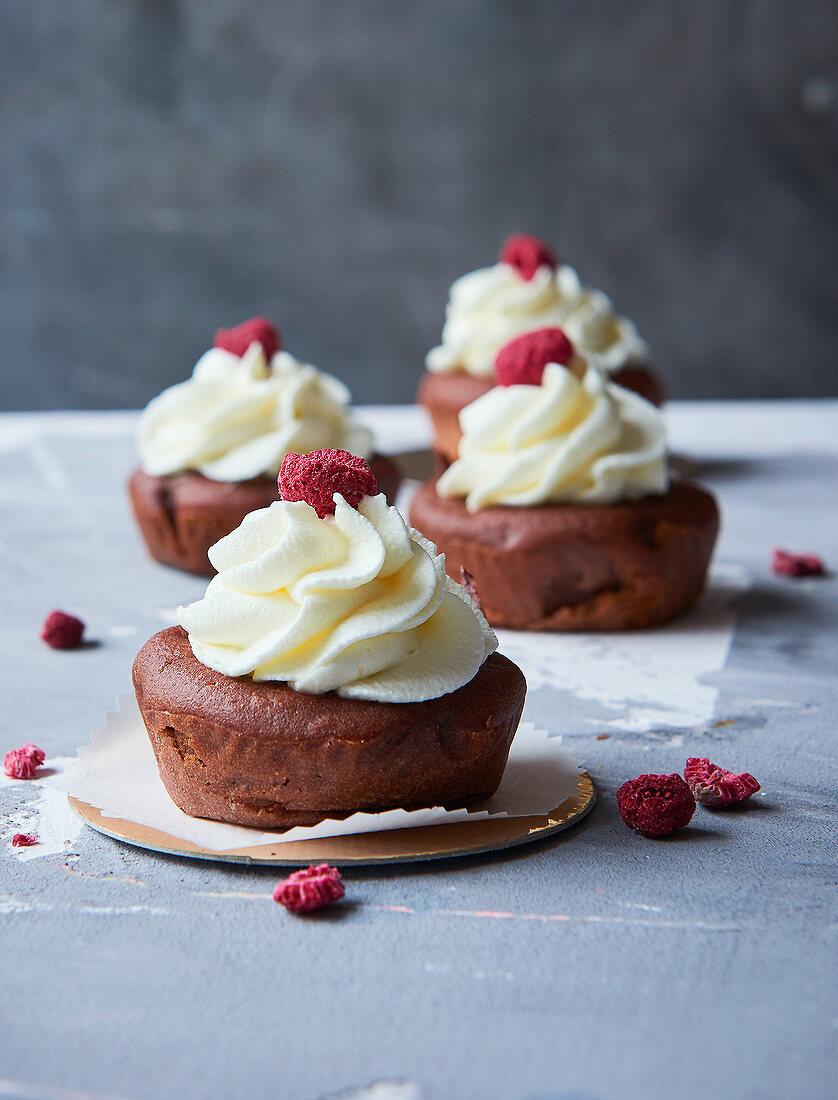 Sugar-free red velvet cupcakes