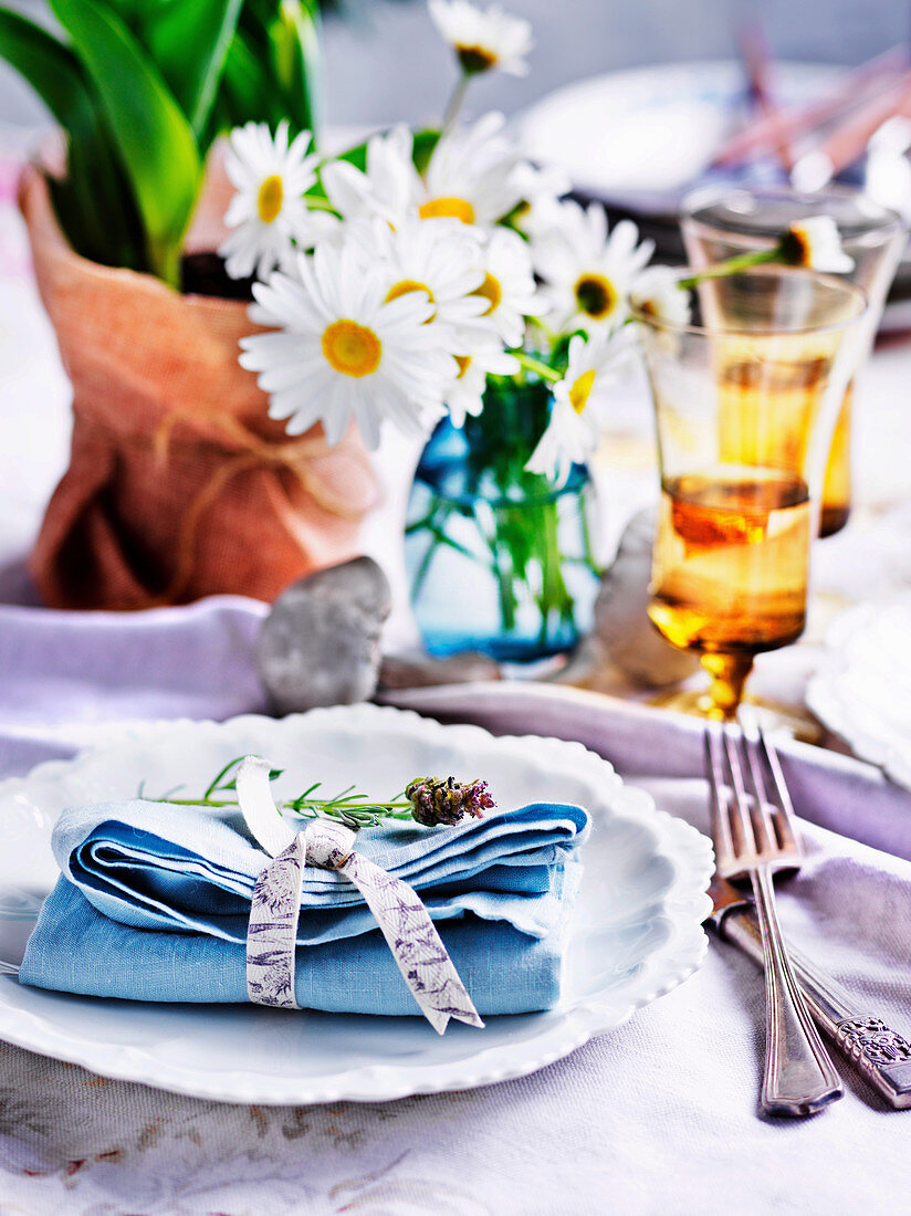 Lunch with friends tablesetting