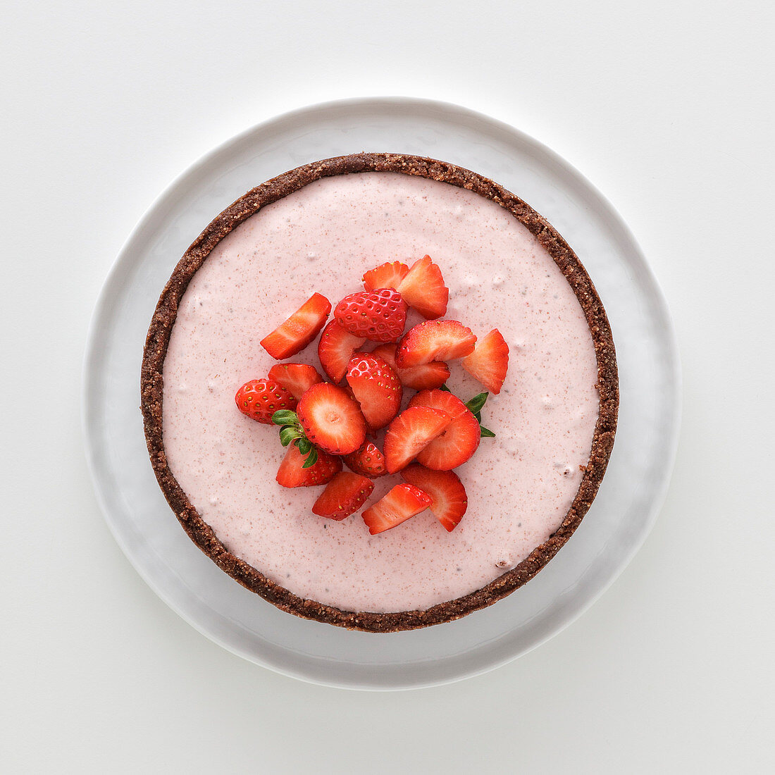 Strawberry cheesecake with a chocolate base