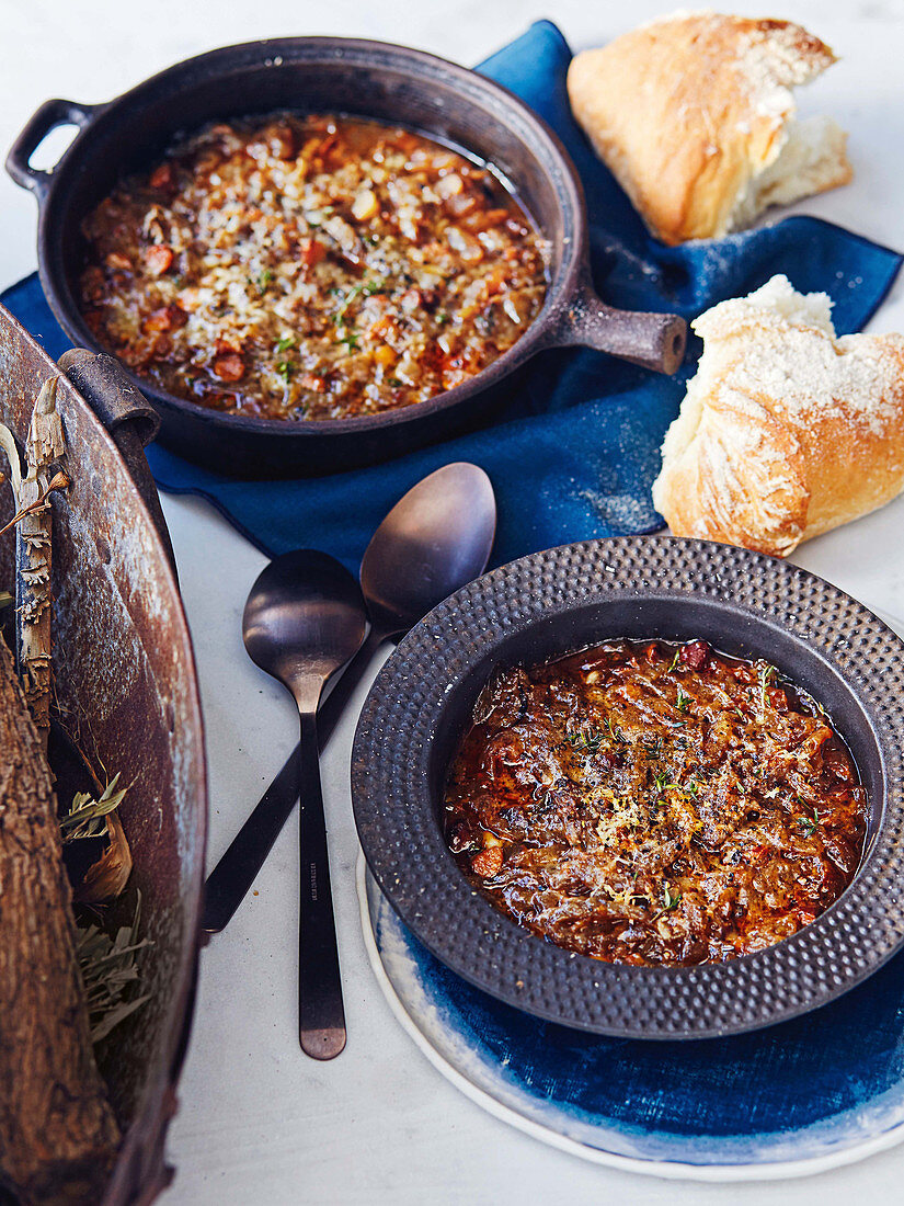 Italian onion and almond soup