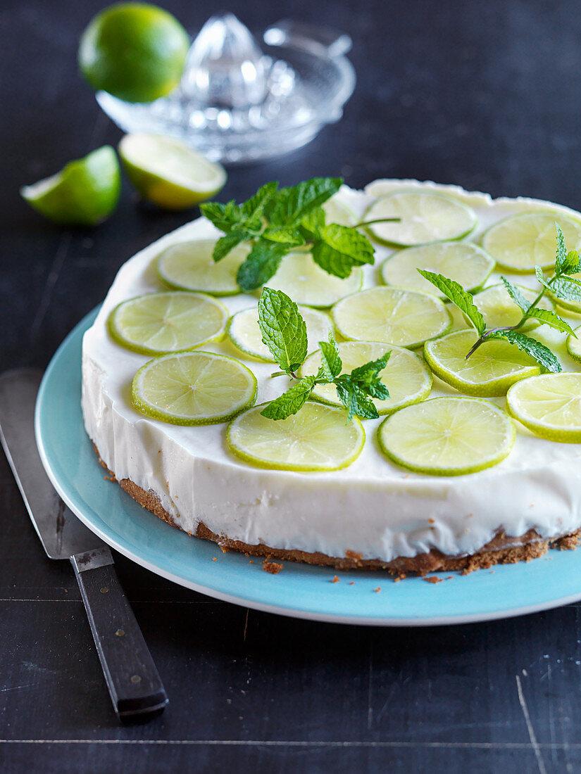 Key lime pie with mint (USA)
