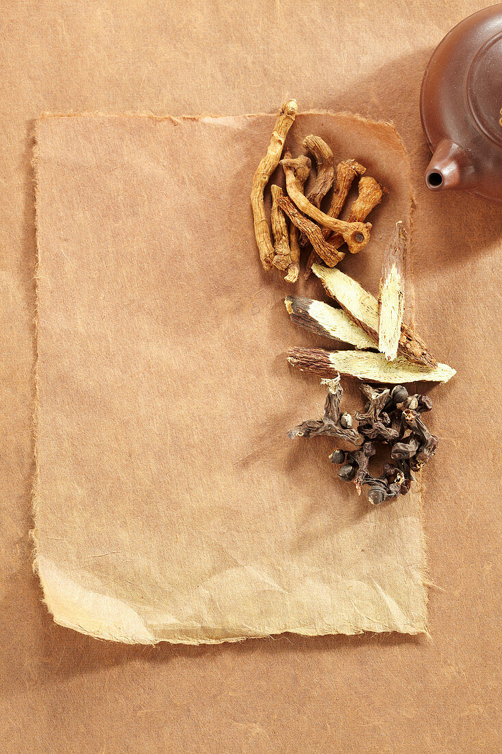 Traditional oriental medicinal root: Solomon's Seal and liquorice