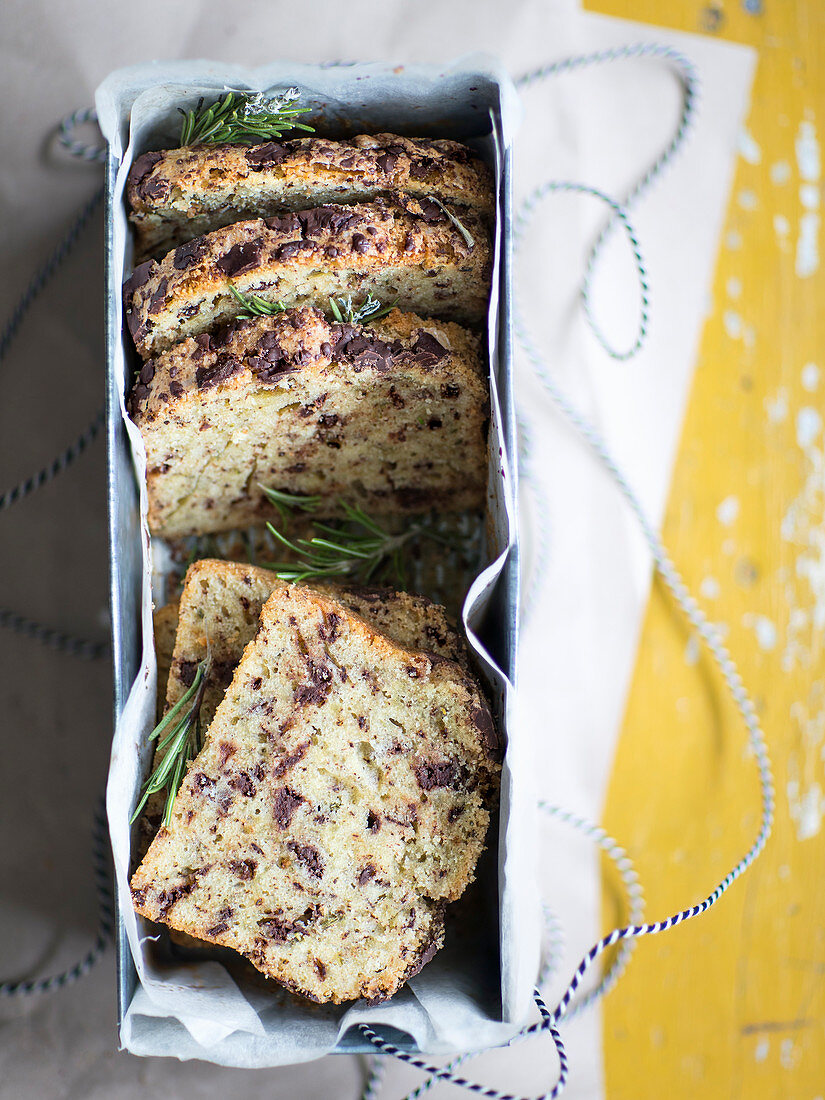 Chocolate cake with olive oil and rosemary