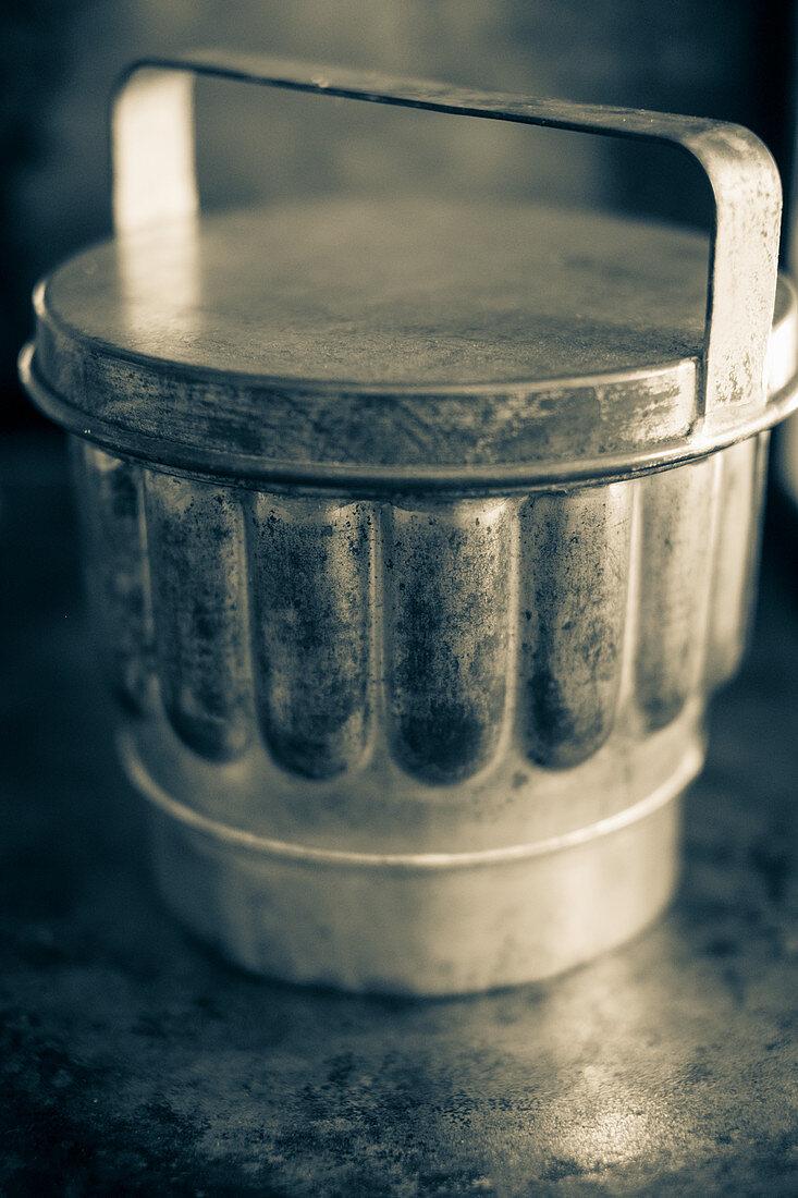 An antique pudding mould