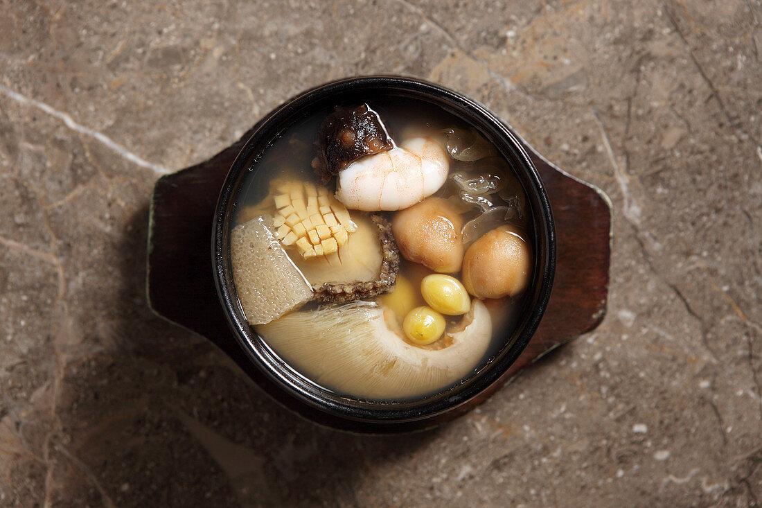 'Buddha jumps over the wall' (shark fin soup, China)
