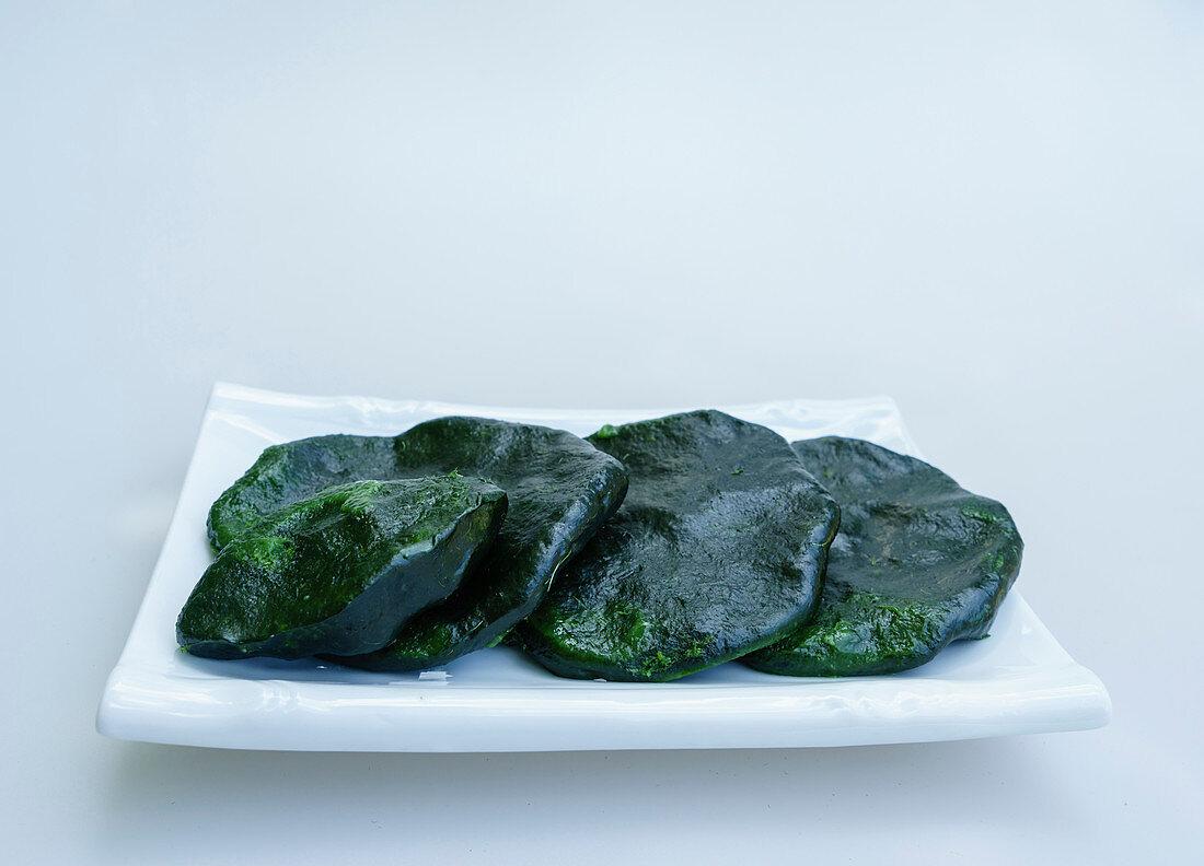 Koreanischer grüner Reiskuchen