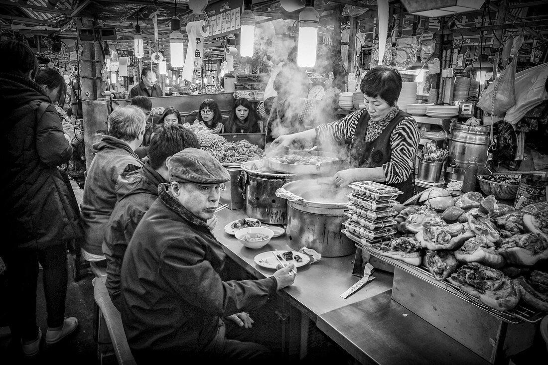 Gwangjang Market is a traditional street market in Jongno-gu, Seoul, South-Korea