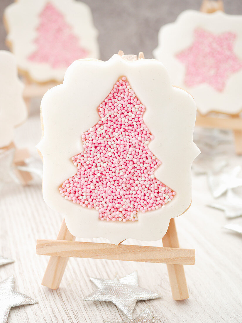 Christmas biscuits with sugar pearls