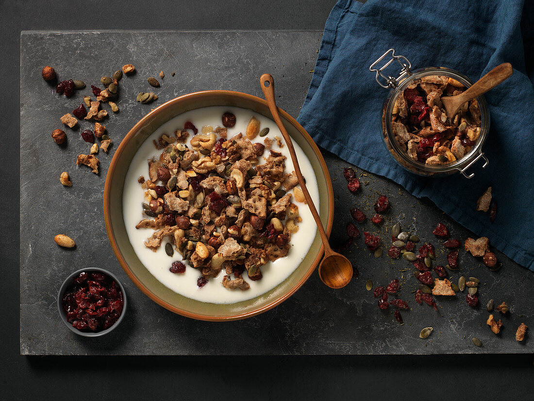 Muesli with milk and dried fruit