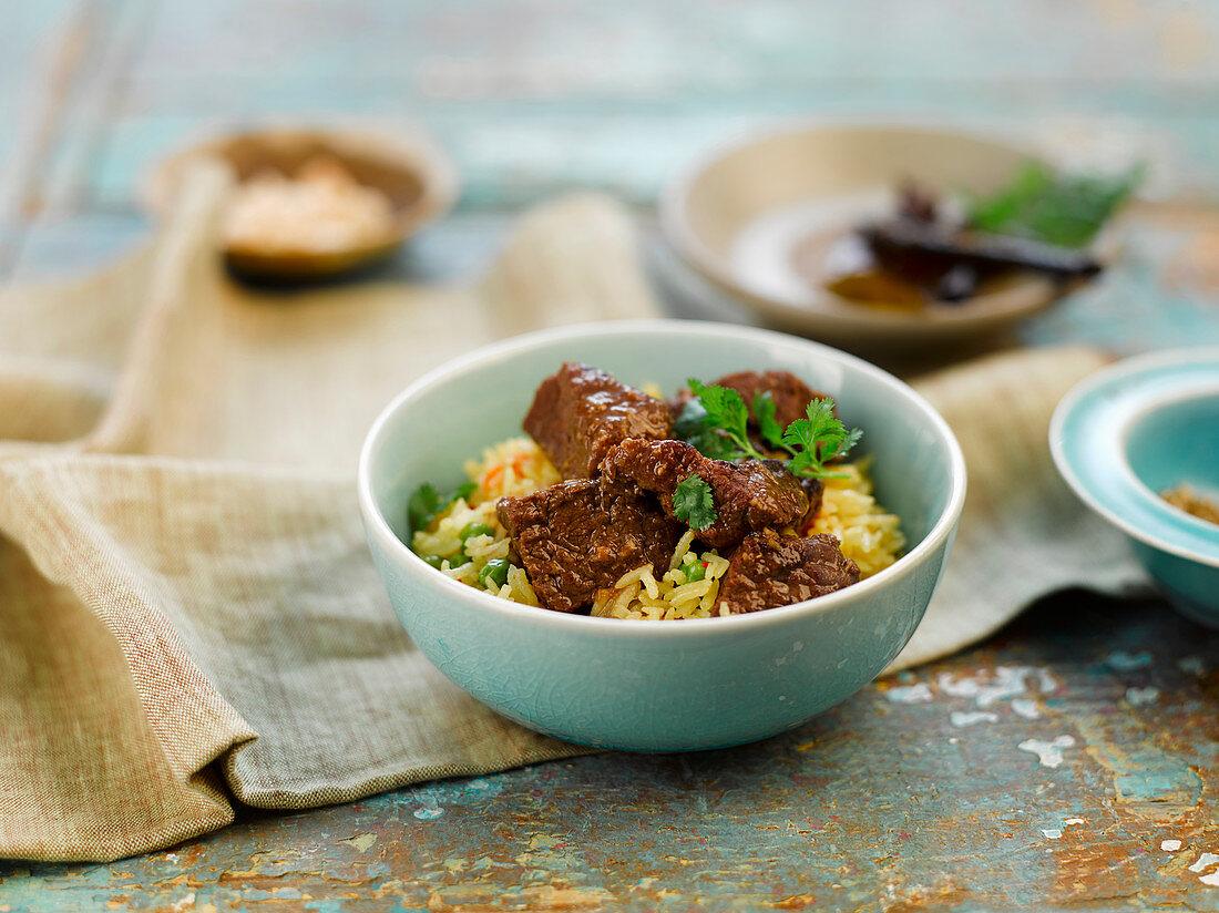 Malaysisches Rindfleischcurry mit Reis
