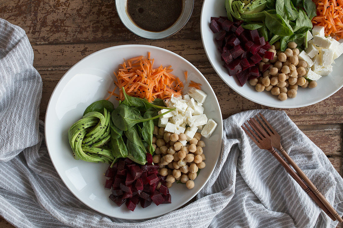 A salad bowl with a balsamic-honey dressing
