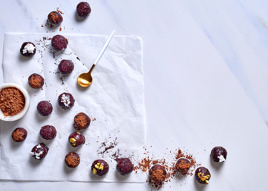 Almond, coconut and macadamia bliss balls