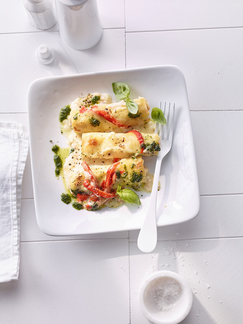 Cannelloni with ricotta and peppers