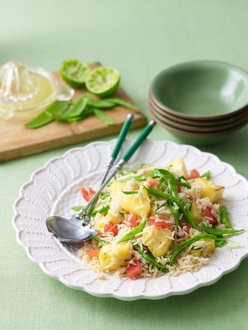Fried Rice with Tomato, Pineapple and Snow Peas