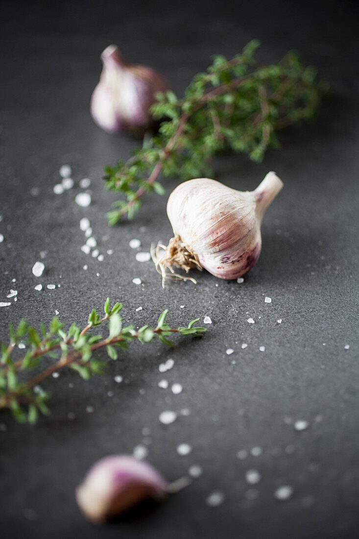 Garlic, thyme and seasalt