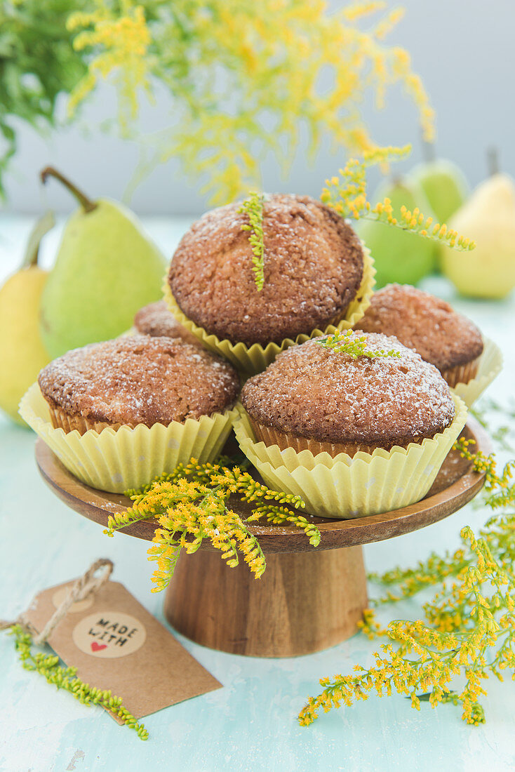 Pear muffins with ginger