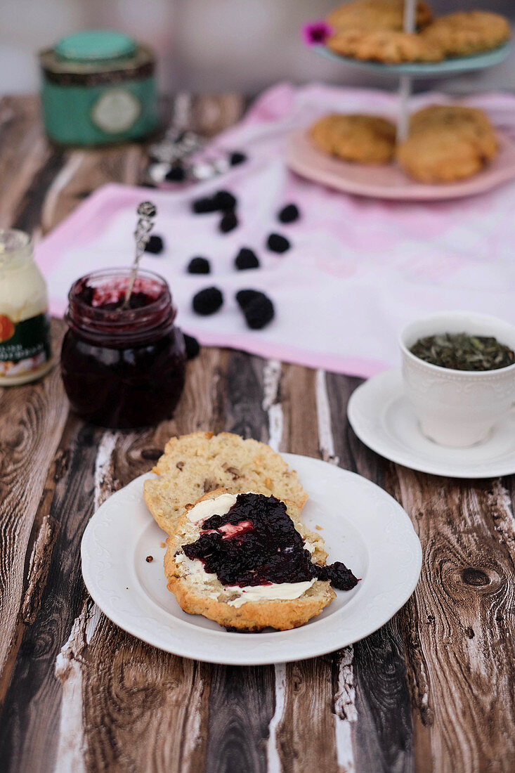 White chocolate scones with pecans and jam for teatime