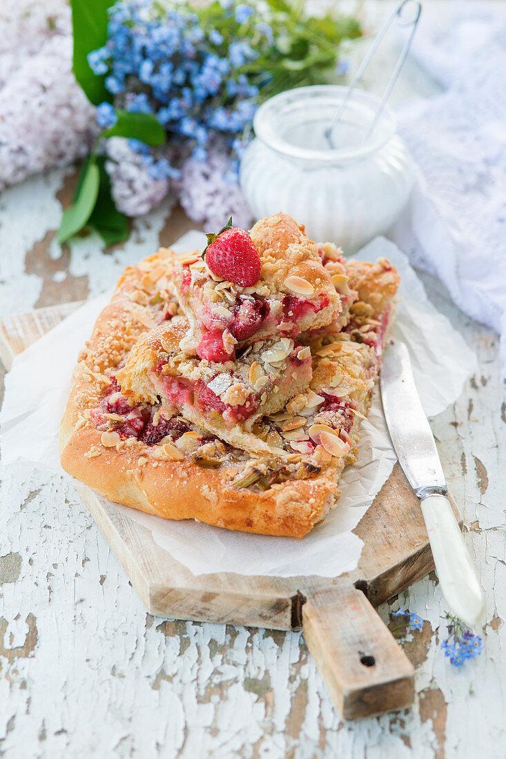 Strawberry rhubarb streusel cake