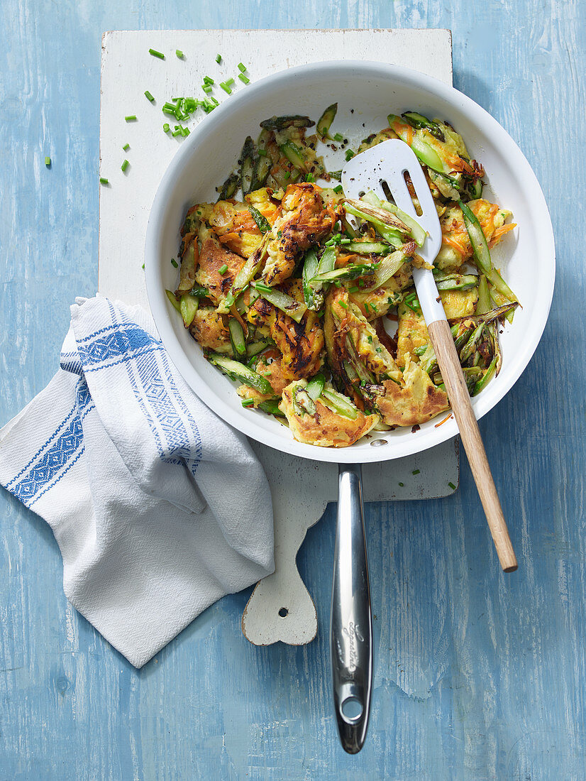 Hearty asparagus hash