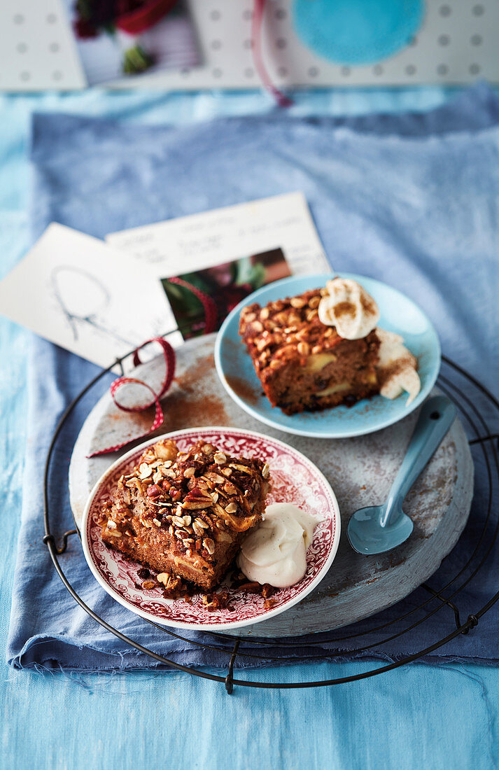 Apple and raisin Eve's pudding (England)