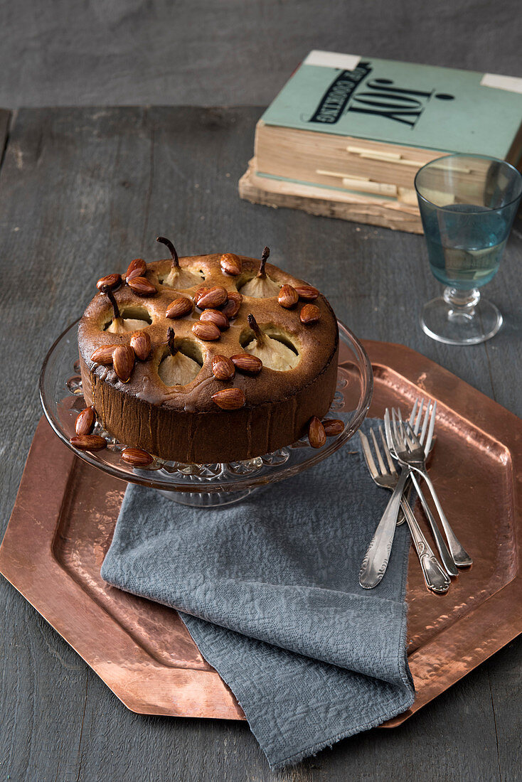 Pear cake with honey and caramelised almonds