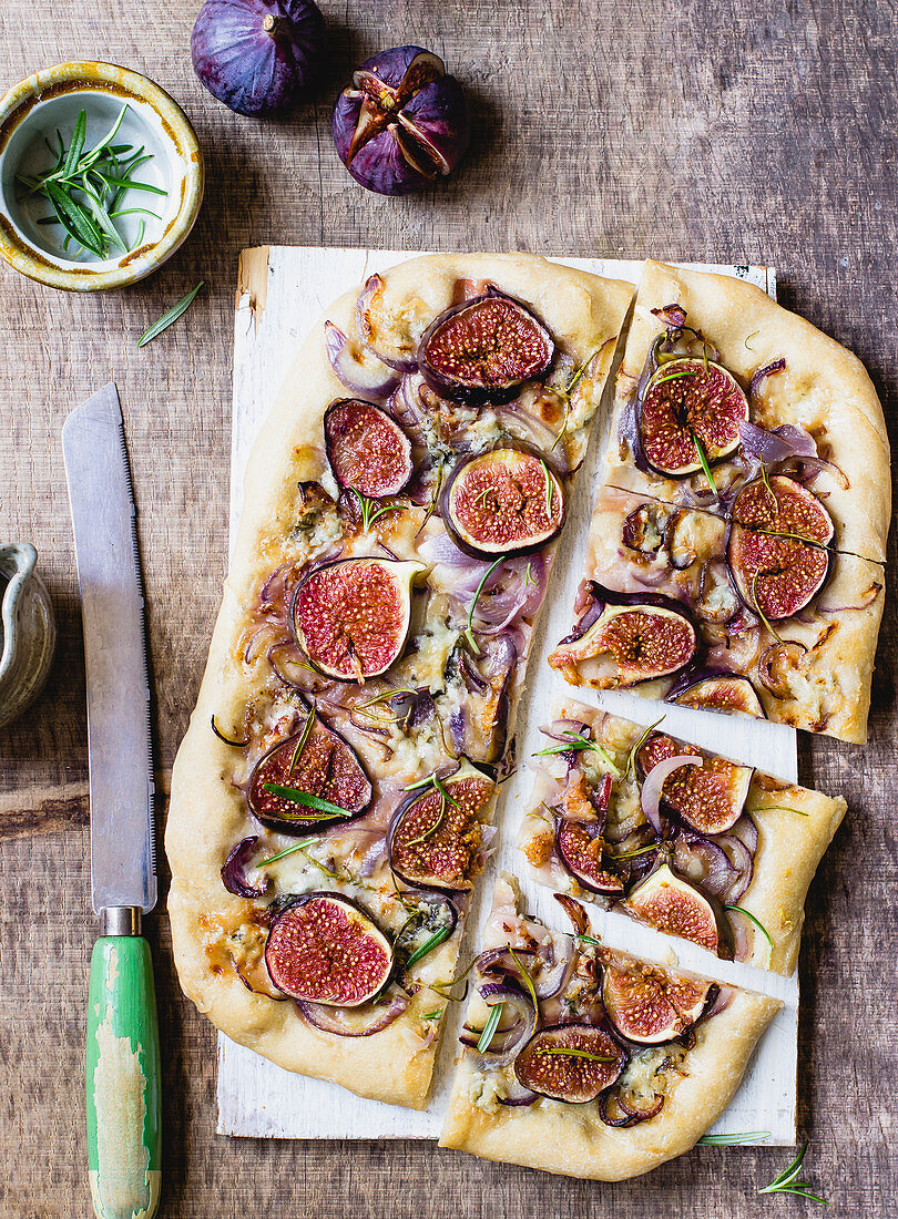 Gorgonzola, fig and red onion foccacia with rosemary