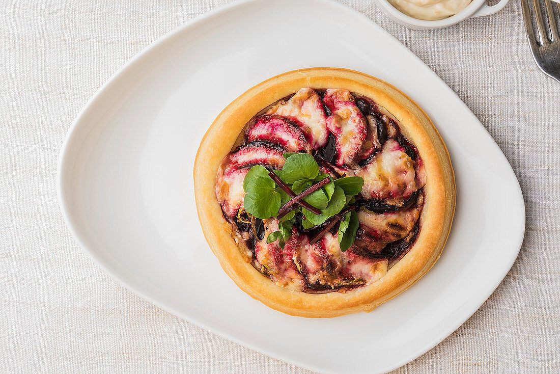 Beetroot and horseradish tart