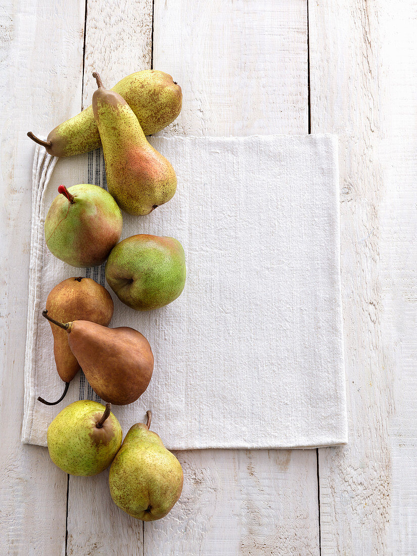 Various types of pears