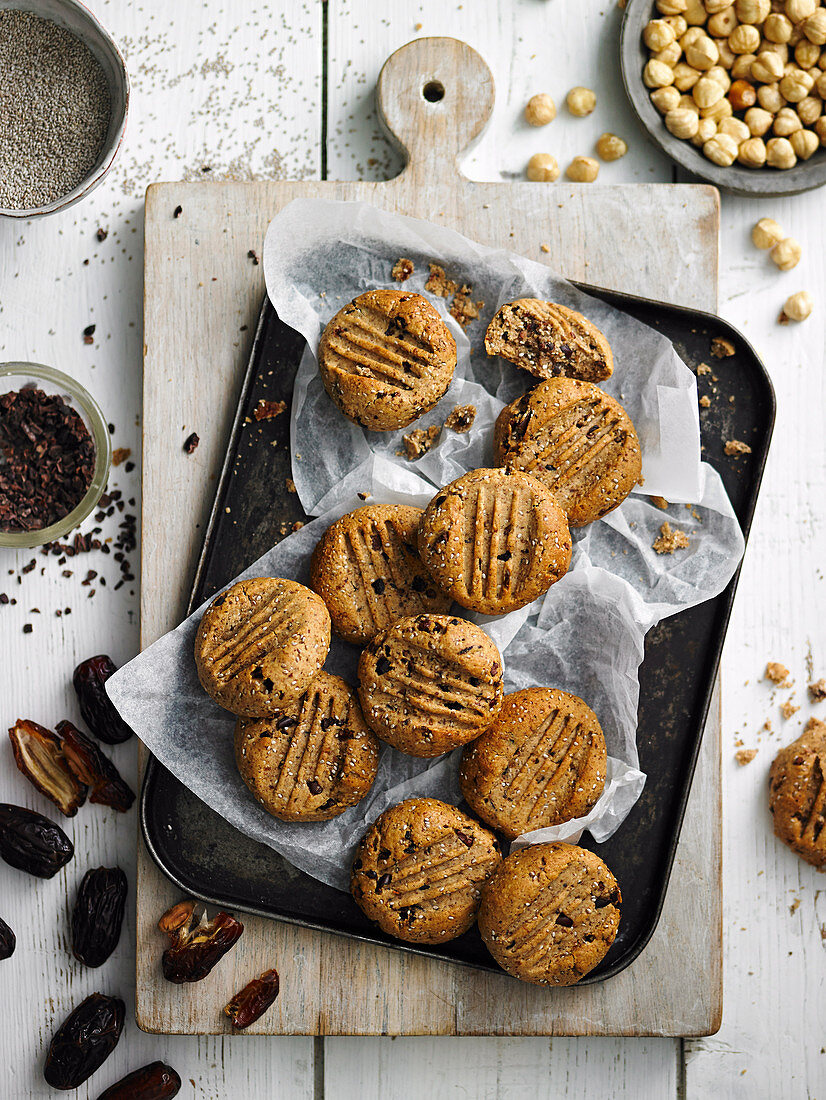 Cacao and hazelnut cookies