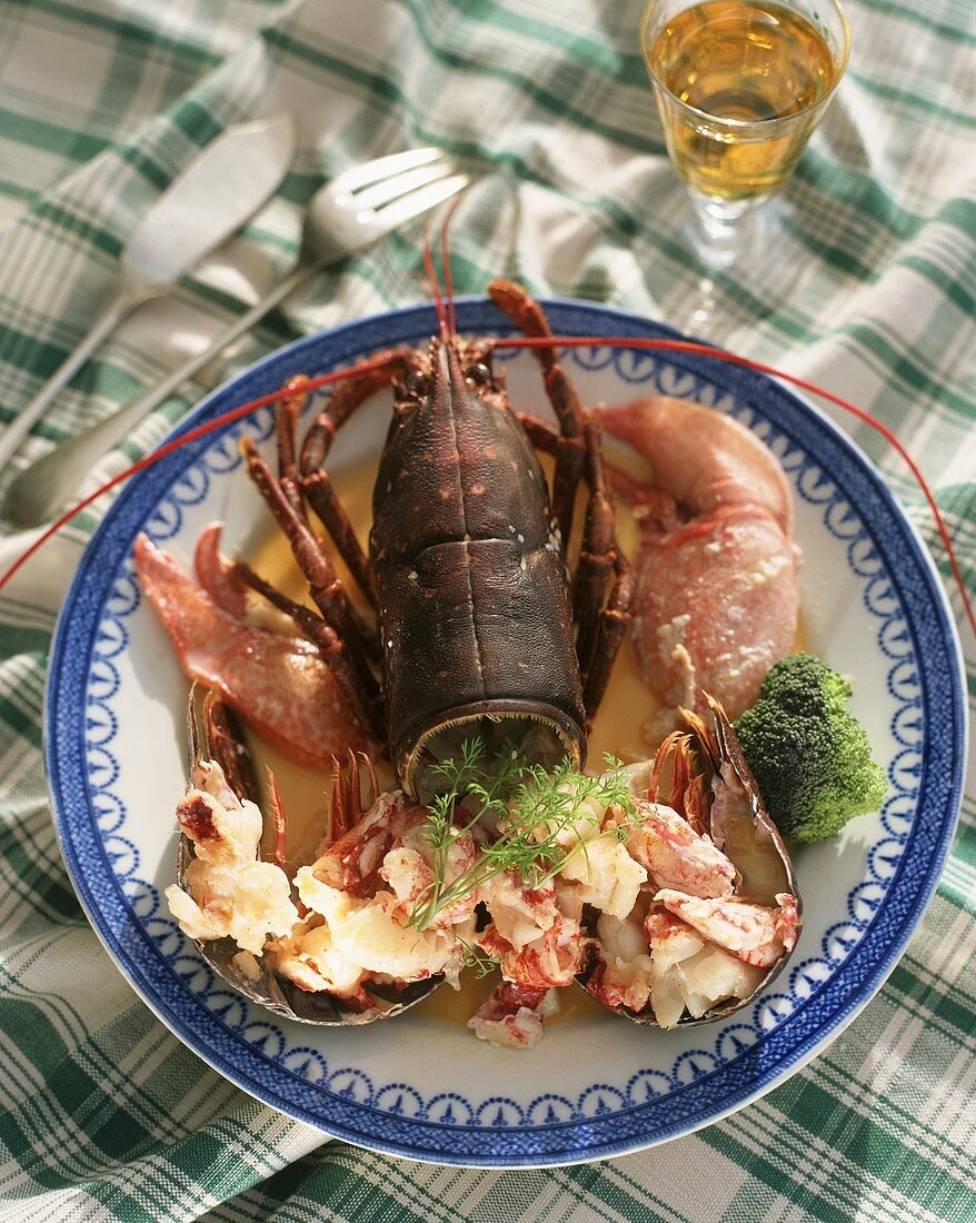 Lobster in cream sauce with Irish Whiskey (Dublin lawyer)