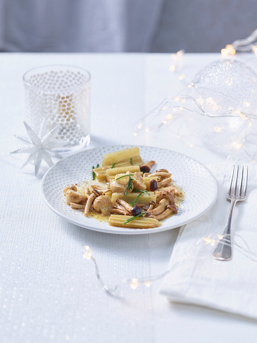 Cardi and mushrooms with aromatic butter and nutmeg