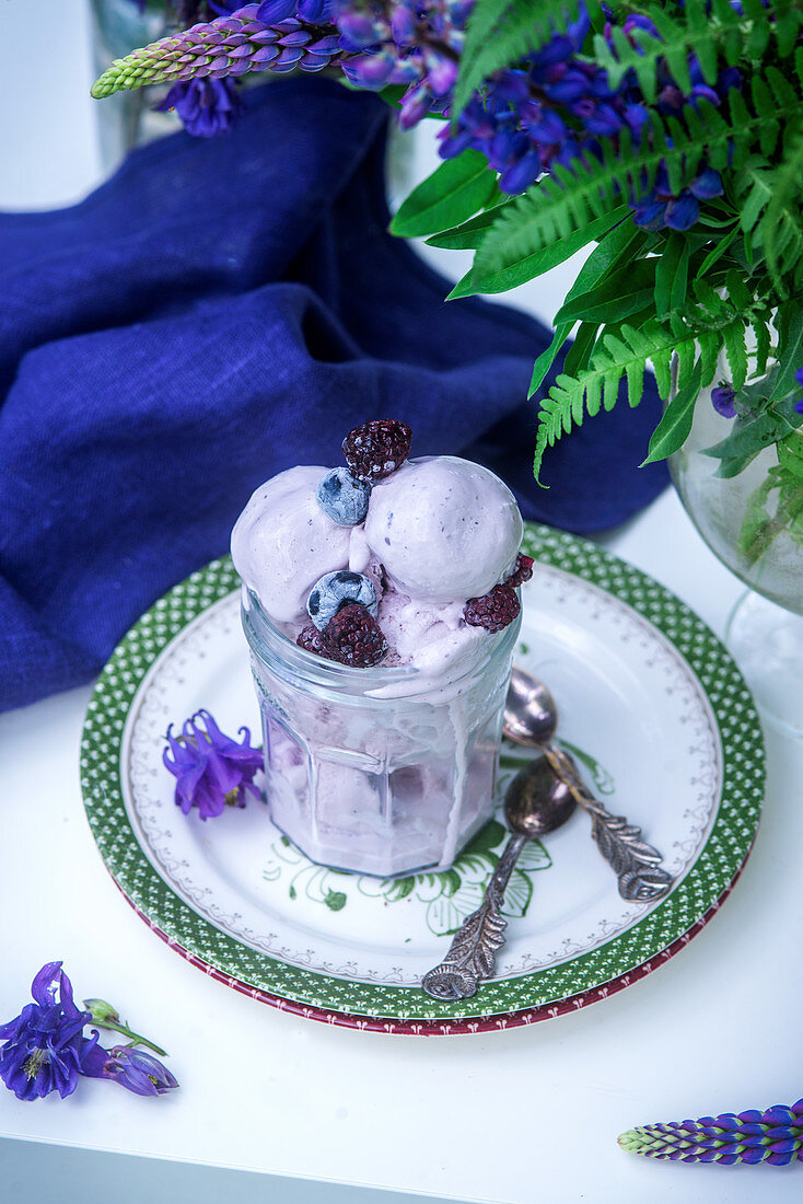 Blackberry and blueberry homemade ice cream