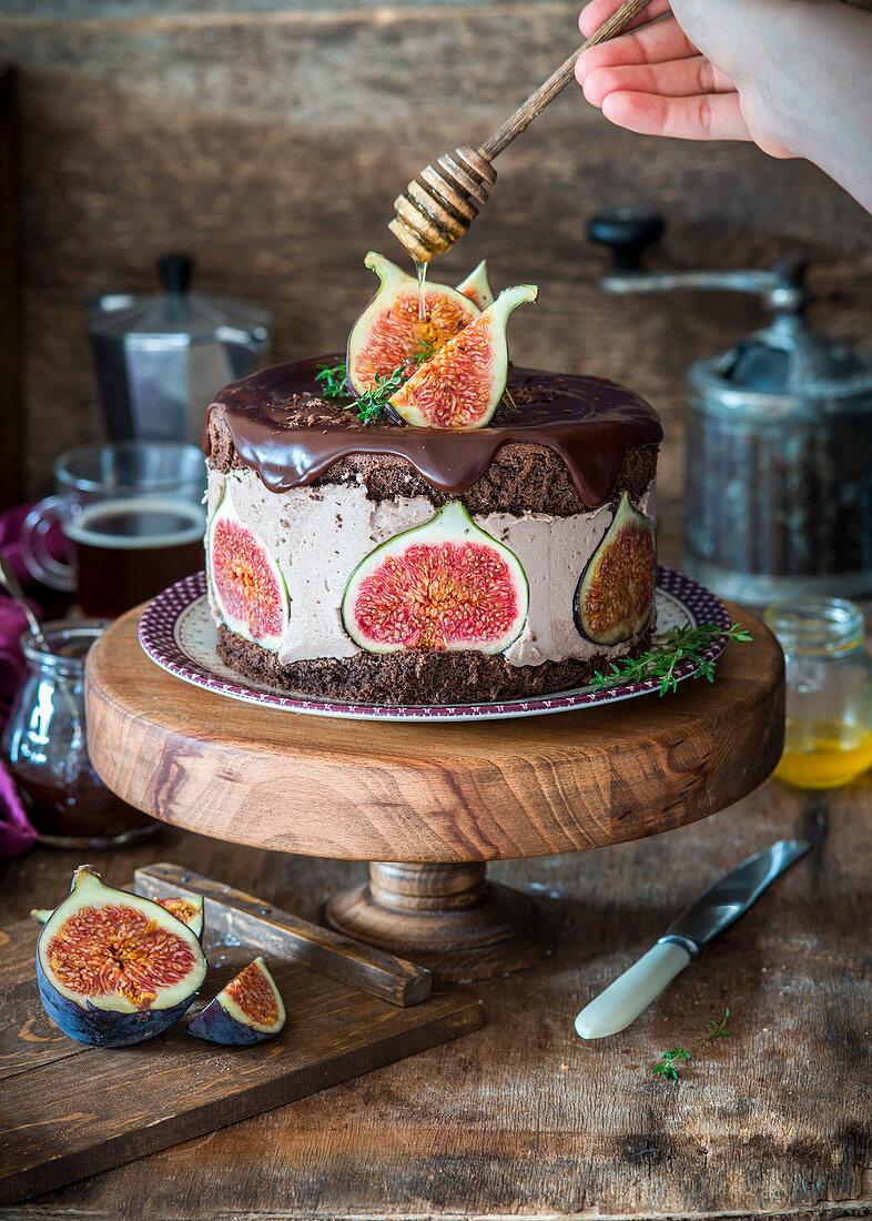 Fig chocolate souffle cake with honey