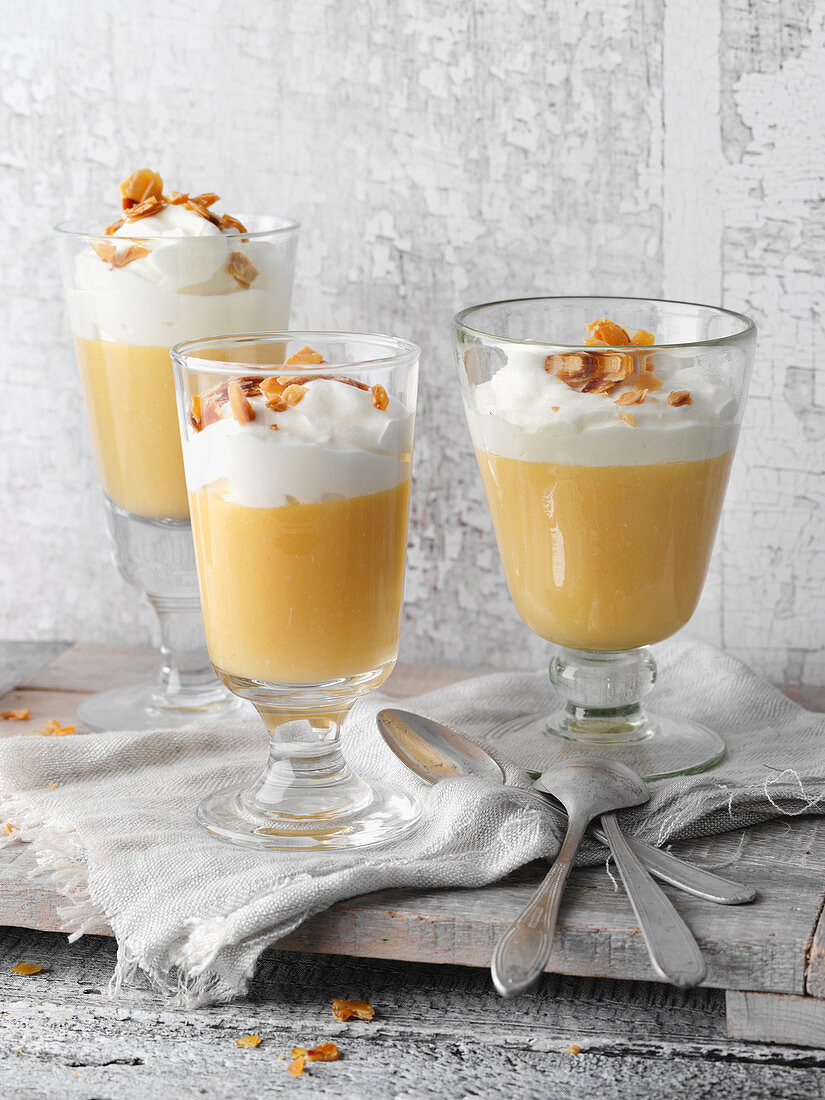 Apple cream with almonds and sour cream, Bergisches Land