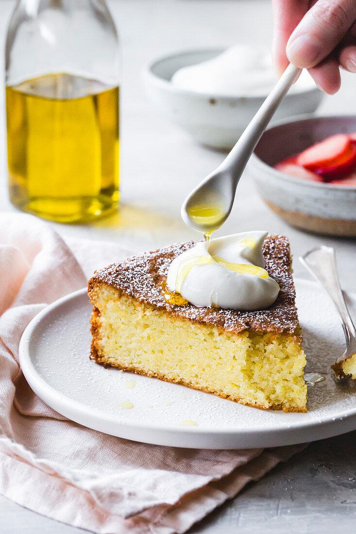 Olive oil cake with cream